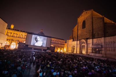 Sotto le stelle del cinema il programma completo for Tre stelle arreda bologna